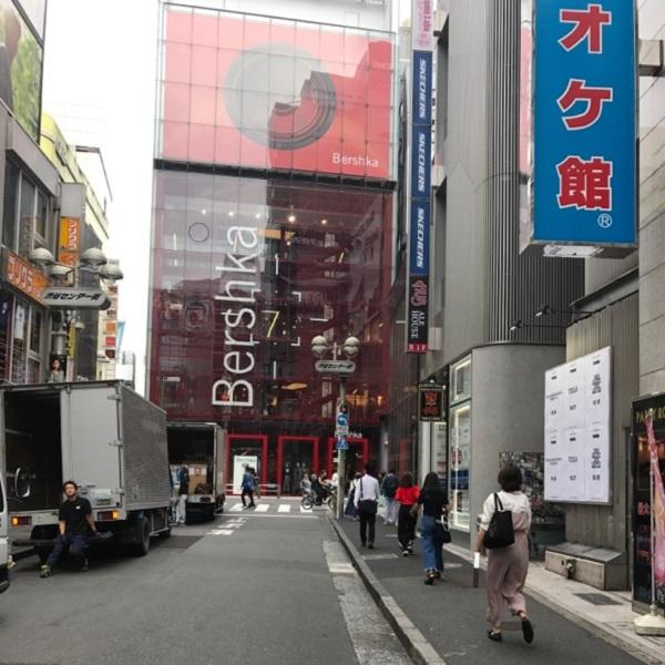 ★渋谷店_道3