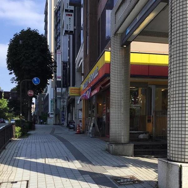 ★金沢香林坊店_道3